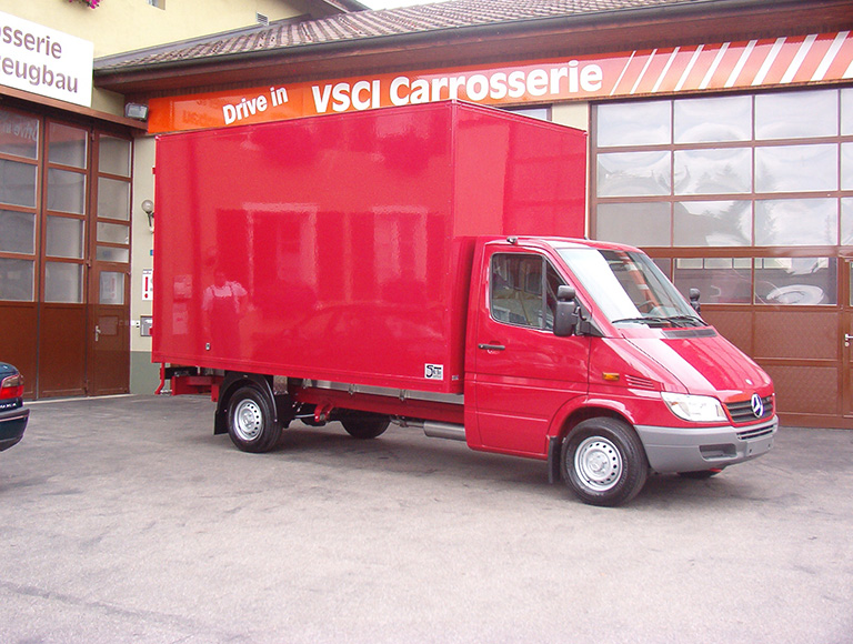 Carrosserie_Sauter_Fahrzeugbau_ Koffer_009