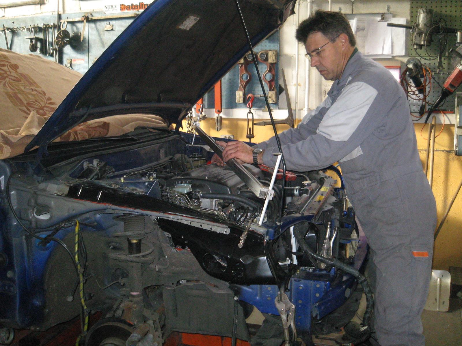 Carrosserie_Sauter_PKW_Reparaturen-020