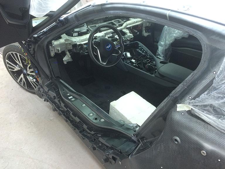 Carrosserie_Sauter_PKW_Reparaturen-036