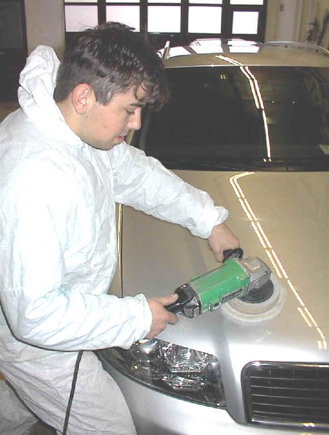 Carrosserie_Sauter_Fahrzeugpflege