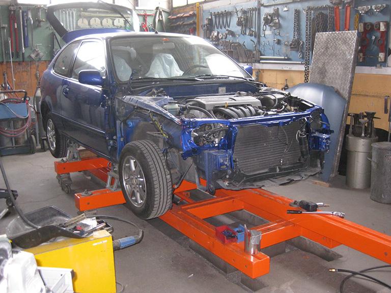 Carrosserie_Sauter_PKW_Reparaturen-049