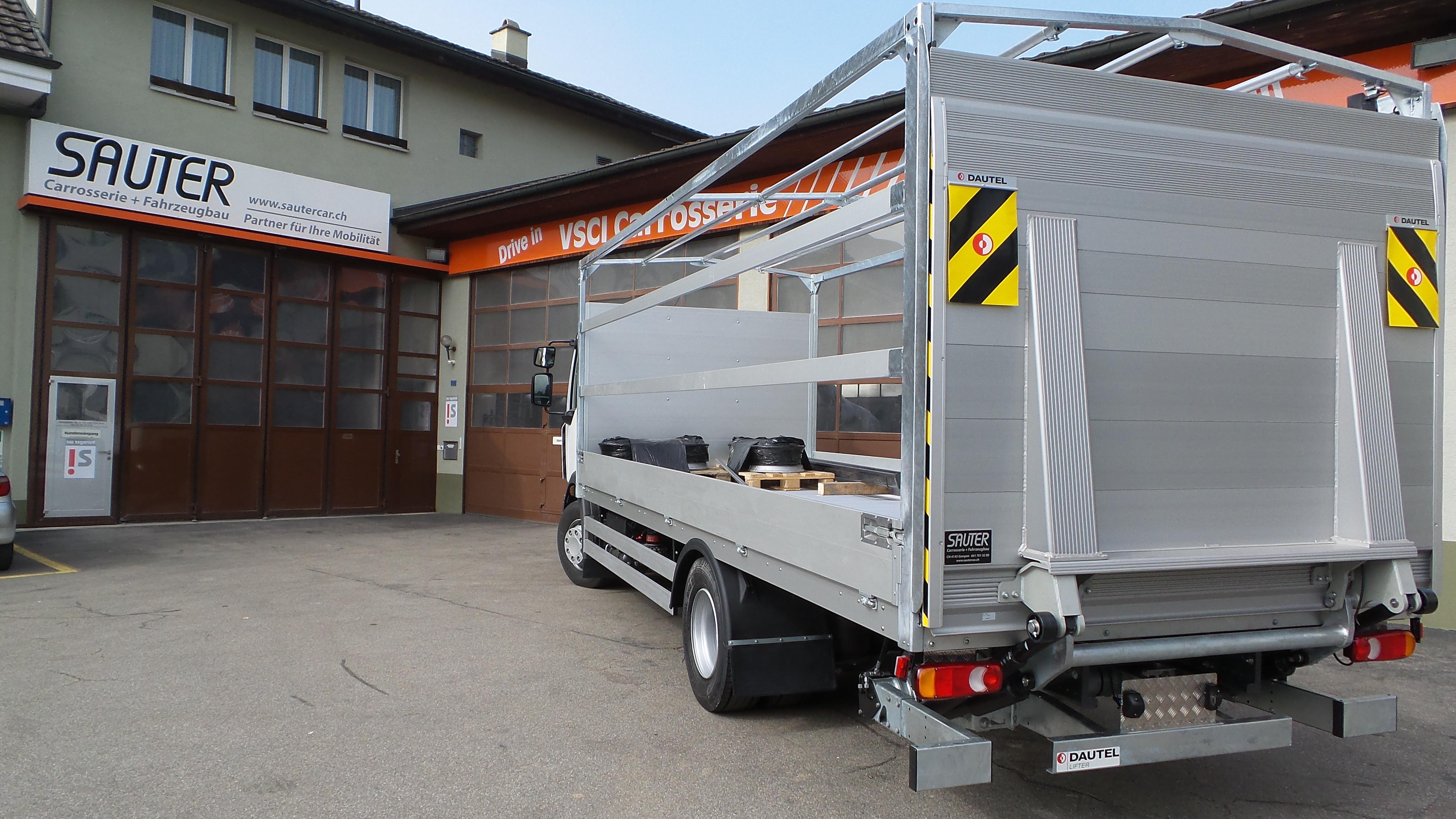 Carrosserie_Sauter_Fahrzeugbau_Brücke-Plane_33